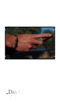 Das Geheimnis der Freiheit ist Mut 🌍 Bracelet Crafts, Beaded Bracelets, Diy Clothes, Diy Fashion, Friendship Bracelets, Sustainability, Fashion Photography, Men, Freedom