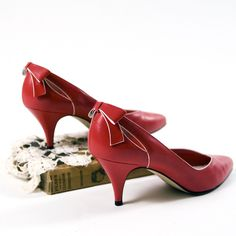 1940 Vintage Shoes   Vintage Red Bow 1940's Style High Heel Shoes 75 by CassiesAttic