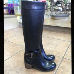 Franco Sarto black tall riding boot size 6 The perfect riding boot at the perfect price! This black stacked heel tall boot from Franco Sarto is 100% leather, never worn, new with box and originally $198.99! Franco Sarto Shoes Winter & Rain Boots