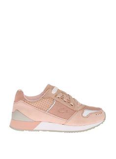 Lacoste Kadın Günlük Ayakkabı 520180895 Uygun fiyatlar ve 6 taksitle tükenmeden almak için hemen tıklayın