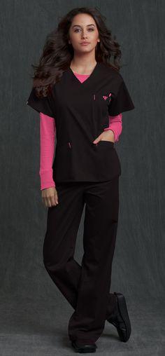 black & rasberry Cute Nursing Scrubs, Cute Scrubs, Scrubs Outfit, Scrubs Uniform, Veterinary Scrubs, Medical Scrubs, Work Fashion, Fashion Beauty, Work Uniforms