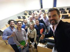 Encantado y agradecido por poder compartir experiencias sobre #MarketingDigital en el curso  #DireciónEstrategicaDeVentas, con un gran equipo de profesionales. Mil gracias Informa Consultores y Universidad de Málaga por confiar en mí.