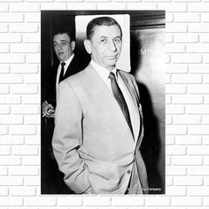 Real Gangster, Mafia Gangster, Vintage Photographs, Vintage Photos, Man Cave Art, Large Photos, Man Cave Gifts, History Photos, Best Actor
