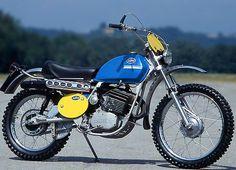 KTm 125 Gs (1973) Enduro Vintage, Vintage Motocross, Vintage Motorcycles, Cars And Motorcycles, Enduro Motocross, Motocross Racing, Old Bikes, Dirt Bikes, Ktm 125