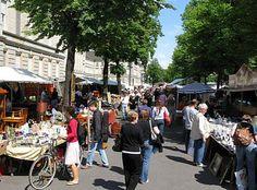 "Flohmarkt ""Straße des 17. Juni"" in Berlin (Rechte: IMAGO/F. Berger)"