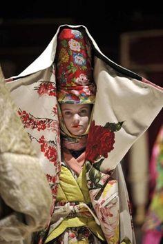 #kenzo  Folk + Fashion = LOVE