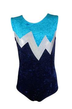 turnpakje donkerblauw en turquoise velours met wit glitter. Turnpakje kan ook met lange mouwen en druppelsluiting.