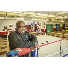 James 'Buster' Douglas and his son Artie photographed Tuesday January 6 2015 at the Thompson Recreation Center. ( James D. DeCamp | http://ift.tt/1uidMgw | 614-367-6366) #Columbus #614 #Buster #heavyweight #JamesDeCamp #fighter