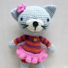 Kitty Kat amigurumi pattern by Janine Holmes at Moji-Moji Design