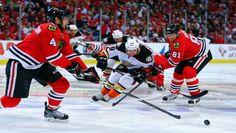 http://sidelinebuzz.com/live-chicago-blackhawks-leading-anaheim-ducks-1-0-after-1st-period/