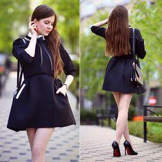 Ariadna M. - Black coat