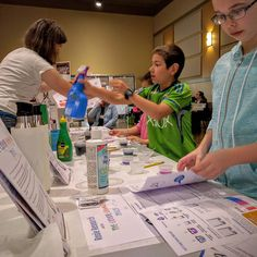Holy awesome #homeschool conference! Sharing some fun kids science with families…