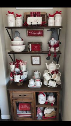 34 Coffee Station Ideas For Your Morning Buzz - Jeannie Thoms - Coffee Stations Christmas Hot Chocolate, Hot Chocolate Bars, Christmas Coffee, Christmas Kitchen, Christmas Love, Country Christmas, All Things Christmas, Christmas Morning, Christmas Holidays