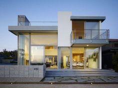 Imagen de http://bilinterior.com/wp-content/uploads/2013/01/attractive-but-modern-minimalist-home-minimalist-home-style-590x442.jpg.