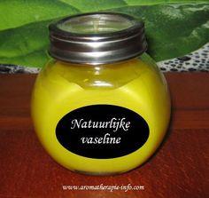 Natuurlijke vaseline zelf maken is heel simpel en je hebt maar weinig nodig…