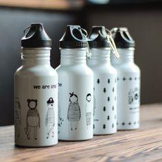 Encontrar Más Botellas Agua Información acerca de Caliente venta nuevo verano de…