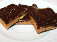 » Low Carb Peanut Butter and Chocolate Bark With Sea Salt