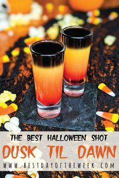Best Halloween Cocktail: Dusk Til Dawn. This is an easy cocktail recipe to m. -The Best Halloween Cocktail: Dusk Til Dawn. This is an easy cocktail recipe to m. Halloween Cocktails, Halloween Shots, Cheap Halloween, Easy Cocktails, Cocktail Recipes, Halloween Recipe, Halloween Party, Halloween Ideas, Christmas Drinks Alcohol