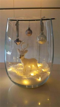 30 Affordable Christmas Table Decorations Ideas 2019 - Best Warm Home Decor ideas Cheap Christmas, Christmas Night, Christmas Music, Simple Christmas, Christmas Home, Christmas Wreaths, Christmas Crafts, Elegant Christmas, Rustic Christmas