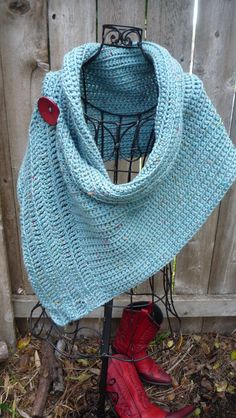 Turquoise buttoned wrap