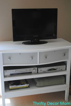 Thrifty Decor Mom: Dresser Turned TV Stand ~ FREE Project!