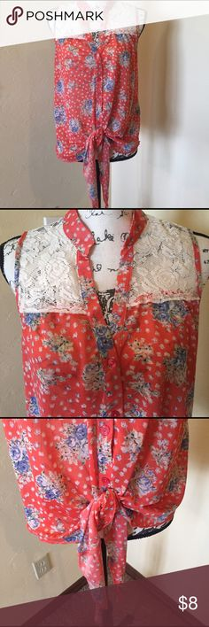 Blouse Rue 21 , sleeveless blouse. Tag says XL but fits more like a large, loose fit Rue21 Tops