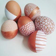 Seals Easter Seals can refer to: Easter Egg Dye, Easter Egg Crafts, Hoppy Easter, Spring Decoration, Easter Egg Designs, Diy Ostern, Egg Art, Easter Holidays, Easter Brunch