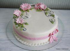 Ewelyn's Cakeheaven: Hääkakkuja
