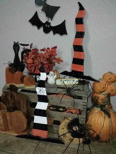 Witches Hat, Wooden Halloween Decor, Rustic Wood, Black and White Hat with…