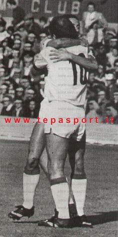 Tantissimi Auguri al Mitico Ottavio Bianchi  (Brescia, 6 ottobre 1943) ⚽️ C'ero anch'io … http://www.tepasport.it/ 🇮🇹 Made in Italy dal 1952 #WEAREBACK