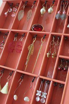 jewelry display by bluebirdheaven on etsy