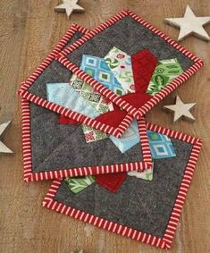 Christmas Dresden Coasters Pattern
