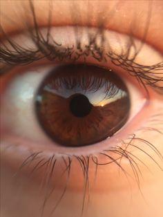 I love dark eyes Gorgeous Eyes, Pretty Eyes, Cool Eyes, Brown Eyes Aesthetic, Eye Pictures, Dark Brown Eyes, Brown Eyed Girls, Human Eye, Eye Photography