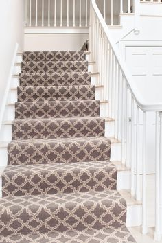 How to Choose a Runner Rug for a Stair Installation. A stair runner automatically elevates the look of almost any hallway! Check out our tips for choosing the best rug for your stairs: Hallway Carpet Runners, Cheap Carpet Runners, Carpet Stairs, Stair Runners, Hall Carpet, Best Carpet, Diy Carpet, Carpet Ideas, Carpet Types