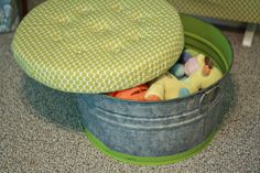 DIY ottoman....do with outdoor fabric for the backyard