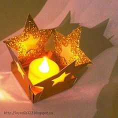 Festive and glittery Tea Light Holder created using the Envelope Punch Board and the Stars Framelits. Envelope Box, Envelope Punch Board, Tea Light Lanterns, Tea Lights, Winter Christmas, Christmas Lights, Holiday Cards, Christmas Cards, Christmas Envelopes