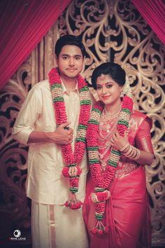 Indian Wedding Couple Photography, Wedding Couple Photos, Wedding Couple Poses Photography, Wedding Poses, Wedding Couples, Kerala Bride, South Indian Bride, Indian Wedding Flowers, Anarkali