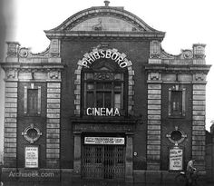The Phibsborough Picture House. Closed in to be demolished to allow a new cinema to be constructed on the site. The Phibsborough Picture House had a capacity by that time of over 600 after initially being constructed with a little over 300 seats. Ireland Pictures, Old Pictures, Old Photos, Dublin Street, Dublin City, Cinema Architecture, New Cinema, Irish Culture, Ireland Homes