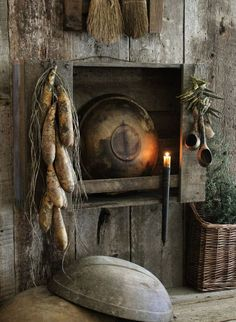 Find best value and selection for your Primitive Early Look Wooden Bowl Rack Cupboard Shelf w Bowl Gourds Candle Holder search on eBay. Description from pinterest.com. I searched for this on bing.com/images Prim Decor, Country Decor, Rustic Decor, Country Charm, Primitive Shelves, Primitive Furniture, Primitive Fall, Country Primitive, Primitive Decor