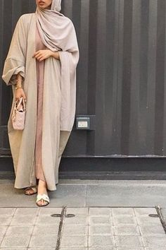 55 Photos to Show Every Hijabi How to Style Abayas in the Trendiest Way Ever