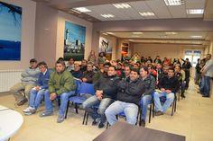 Los delegados de Petroleros Jerárquicos se reunen por el Impuesto a las Ganancias http://www.ambitosur.com.ar/los-delegados-de-petroleros-jerarquicos-se-reunen-por-el-impuesto-a-las-ganancias/ El Sindicato del Personal Jerárquico y Profesional del Petróleo y Gas Privado de la Patagonia Austral, informa a los compañeros que integran dicho Cuerpo de la reunión que se llevará a cabo el día 7 de noviembre del corriente año.     La misma se desarrollará desde las diez de