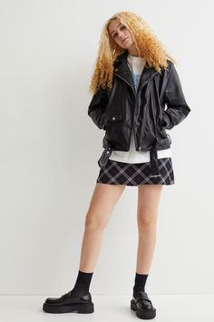 Hm Outfits, Biker, Neue Trends, Style, Fashion, Fashion Styles, Swag, Moda, Fashion Illustrations