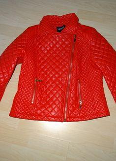Kupuj mé předměty na #vinted http://www.vinted.cz/damske-obleceni/bundy/10392059-nova-sexy-cervena-kozenkova-bunda