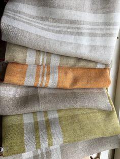 Hemp and linen ready for hemming Loom Knitting Patterns, Knitting Stitches, Hand Knitting, Stitch Patterns, Knitting Tutorials, Knitting Machine, Loom Weaving, Hand Weaving, Linen Towels