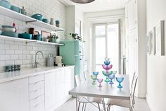 Love the white tiles. mint and white interior, scandinavian interior Modern Kitchen Design, Interior Design Kitchen, Modern Interior Design, Kitchen Decor, Interior Decorating, Mint Kitchen, Turquoise Kitchen, Kitchen Ideas, Coastal Inspired Kitchens