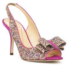 Zapatos de fiesta en colores metálicos para invitadas de boda