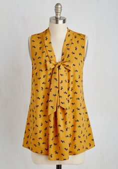 South Florida Spree Top in Scotties - Yellow, Multi, Print with Animals, Print, Tie Neck, Work, Quirky, Critters, Dog, A-line, Sleeveless, Woven, Good, Exclusives, Variation, V Neck, Mid-length