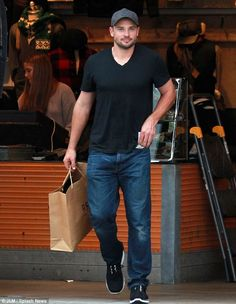 Tom Welling has still got it :)