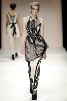 line in fashion can create optical illusions