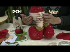 Christmas Crafts, Xmas, Diy And Crafts, Knit Crochet, Recycling, Dolls, Holiday, Pattern, Christmas Things
